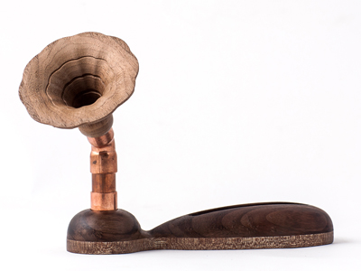 Exclamation mark wood speaker